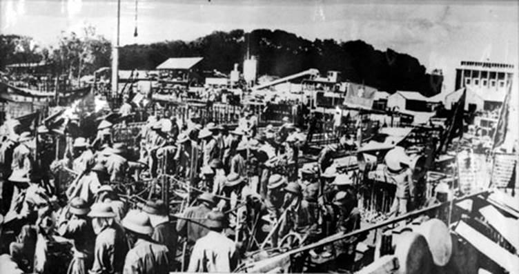 Quang cảnh xây dựng Lăng Chủ tịch Hồ Chí Minh năm 1973